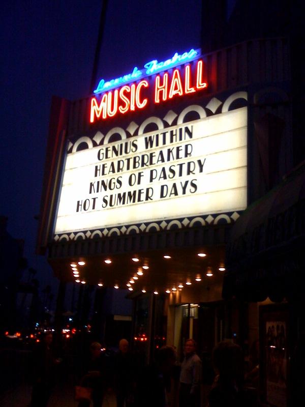Laemmle Music Box Theater